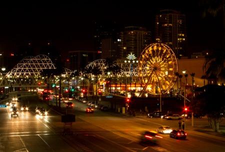 Street scene from bridge. Meta: f/16, 0.5s, ISO 2000, 18-55@44mm