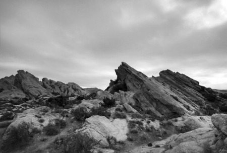 view of vasquez rocks